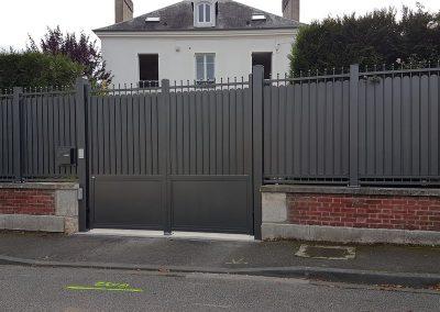 Portail Tschoeppé ELEGANCE DIsctretion avec clôture