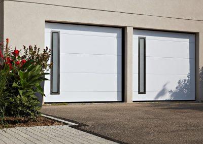 Porte de garage basculante MOOS motorisée
